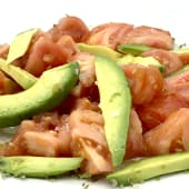 Tomate rosa con aguacate