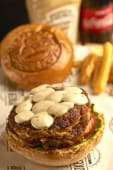 Two Pairs Burger (Sebzeli)