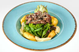 Теплий салат з курячою печінкою (260г)