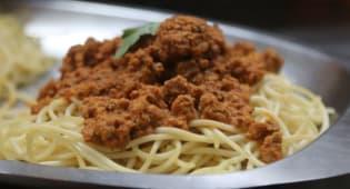 Spaghetti con salsa bologña