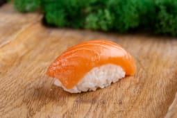 Нігірі з лососем (40г)