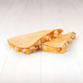 Quesadilla cu Bucăți de pui (2 porții)