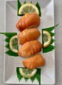 Sushi 3  nigiri de salmón