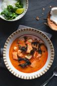 Суп Том Ям на кокосовому молоці з морепродуктами (400г)