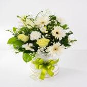 Aranjament floral ivory la cutie