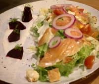 Losos gravlax salata