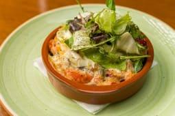 Salata calda gratinata cu branza Provolone