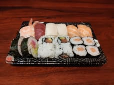 T8-25. Sushi Misto 16 Peças