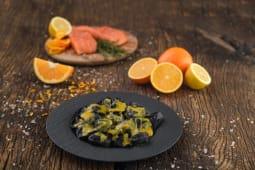 Monelline nere cu sos de citrice italienesti