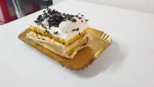 Torta monoporzione con crema chantilly