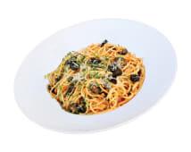 Spaghete à la Putanesca