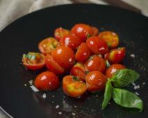 Смажені томати черрі з часником (150г)