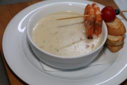 Supa crema de creveti cu somon