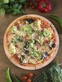 14. Pizza Cezar