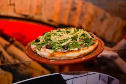 Pizza entera de rúcula