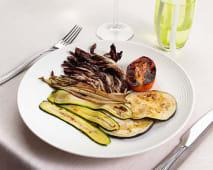 Misto di verdure grigliate calde