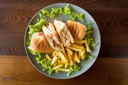 Chicken 3 sendvič 260 gr