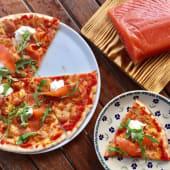 Піца з лососем та крем сиром