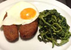 Alheira de Caça com Ovo e Batata Frita