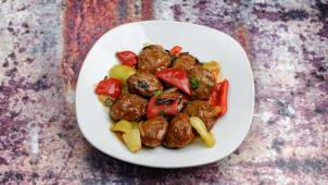 Beef meatballs in sweet sauce