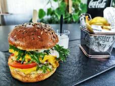 Premium burger od smuđa