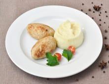 Ніжні котлетки із курочки з картопляним пюре (300г)