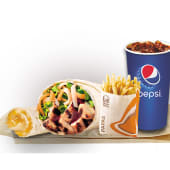 Burrito de pollo + cheesy roll up + papas regulares + bebida (16 oz.)