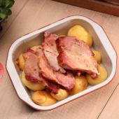 Ceafă la cuptor cu cartofi rotunzi