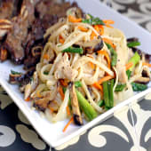 Rice Noodle with Chicken + Veges