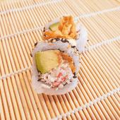 Crazy crab roll (8 uds.)