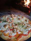 Pizza camarones al ajillo (gambas)