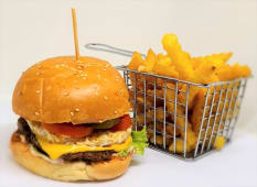 Burger à cheval + frites