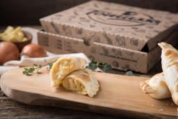 Empanada de cebolla y queso (1 ud.)