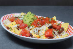 Tasty vegan nachos  -half portion- (vegano)