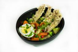 შემწვარი თინუსის სალათი