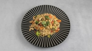 Cashew Beef Noodles