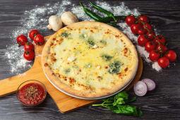 Pizza Quattro Formaggi medie