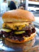 Gari cheeseburger