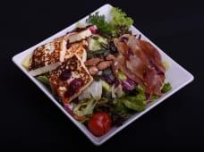 Grilovani koziji sir salata