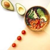 Салат з лососем, кіноа та авокадо (220г)