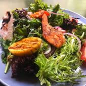 Салат З лососем (250г)