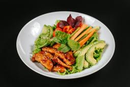 Salată cu pui Teriyaki