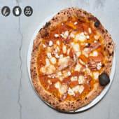 Pizza crema de zanahoria asada