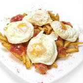 Huevos rotos /Oua sparte cu jamon Serrano Reserva si cartofi prajiti - 250g