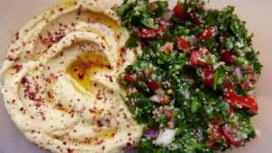 Salată de hummus și tabbouleh