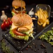 Бургер з куркою (240/120/50г)