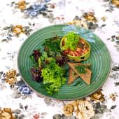 Салат із сьомги (200г)
