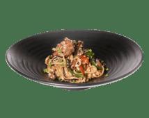 Жареная удон лапша с телятиной и овощами в устричном соусе (350 г)