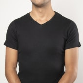 Camiseta básica cuello V