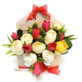 Aranjament Floral cu Lalele și Ranunculus